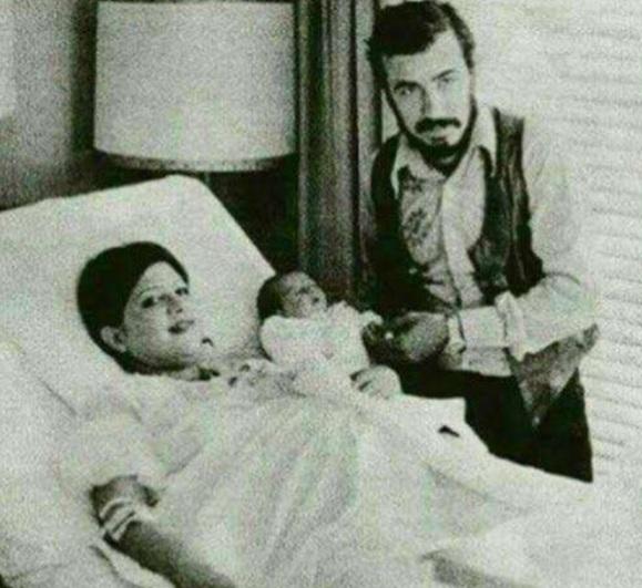 عکس جالب لیلا حاتمی وقتی که تازه به دنیا آمده بود/ لیلا حاتمی بازیگر توانمند و مطرح سینما